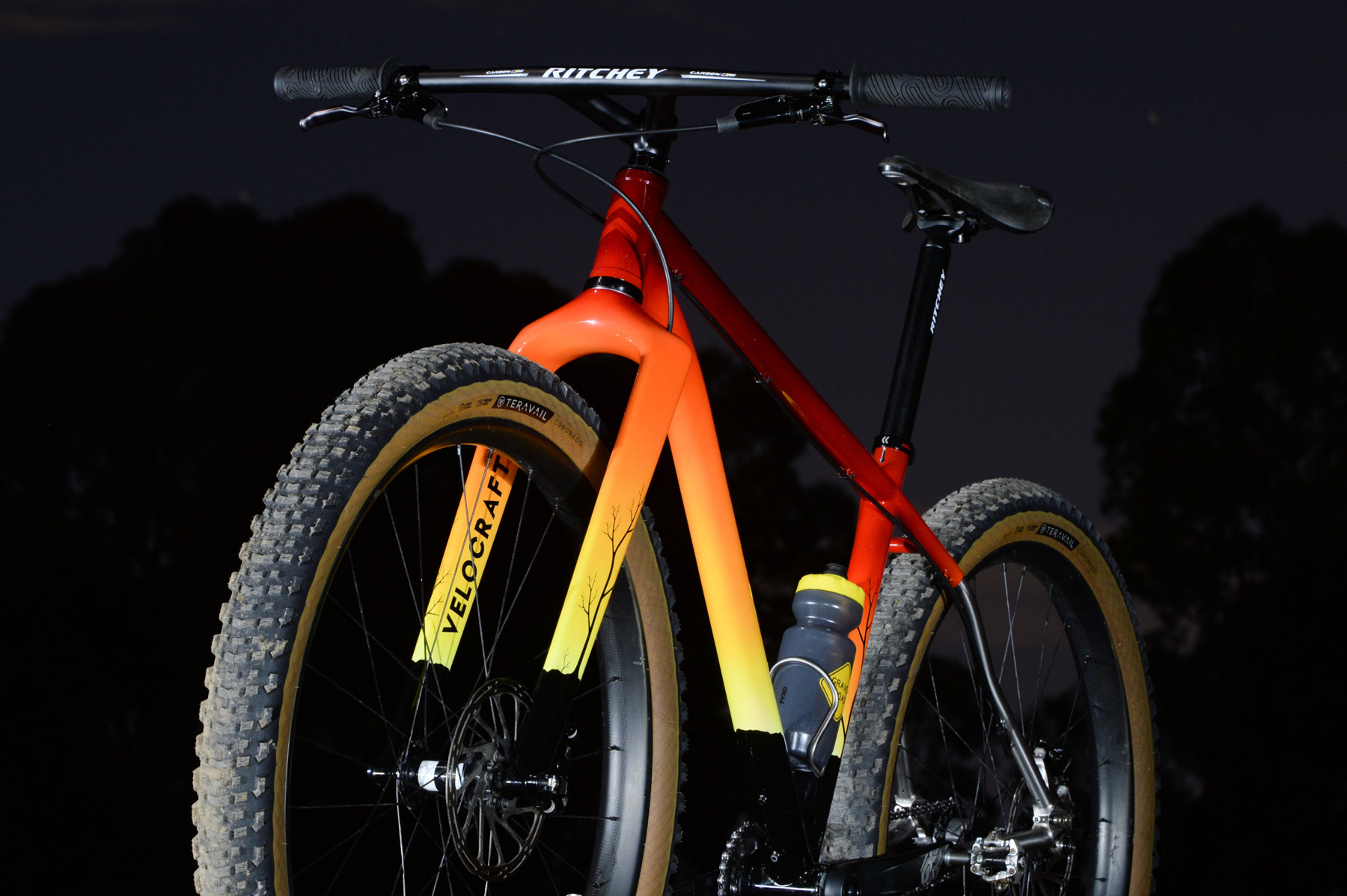 A Sunburnt Hardtail: Andy's Velocraft-Painted Curve Uprock+ MTB